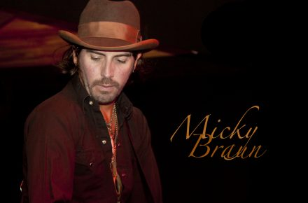 """CD Review-Micky & The Motorcars """"Long Time Coming"""""""